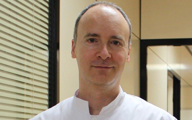 David Viñés Curtis, Fisioterapeuta y especialista en AtlasPROfilax
